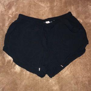 H&M Black Short Shorts (Elastic)